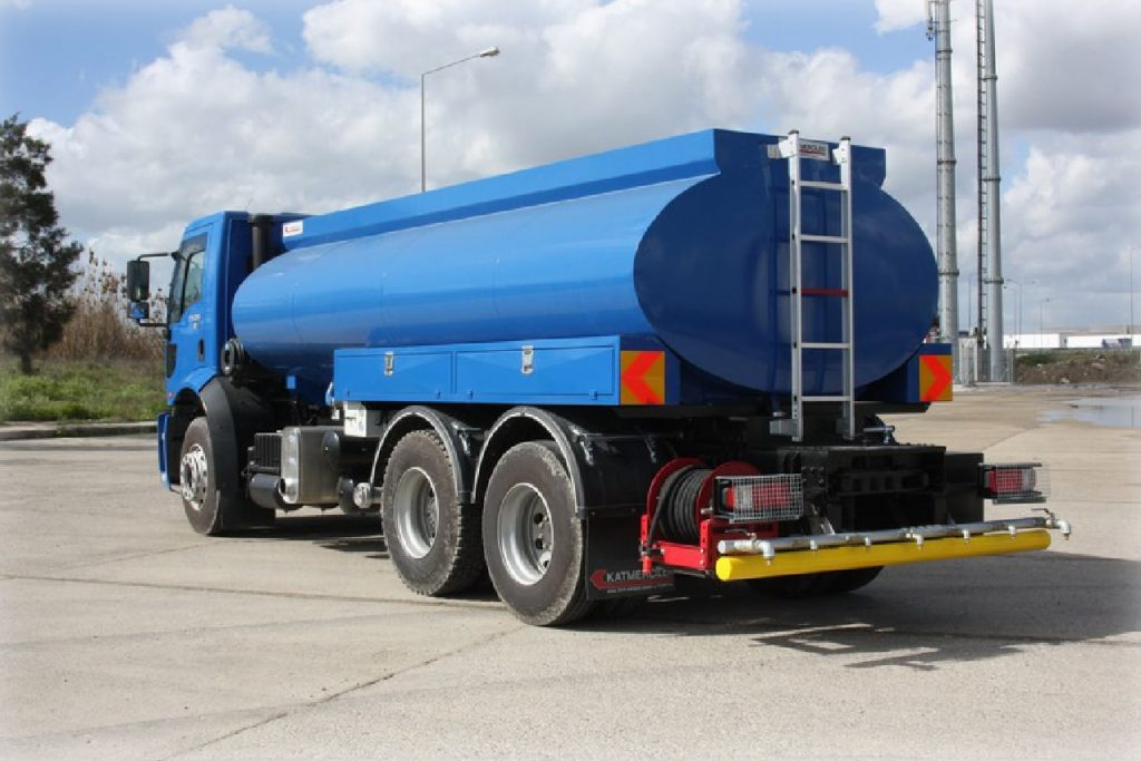 How to Start a Water Tank Business